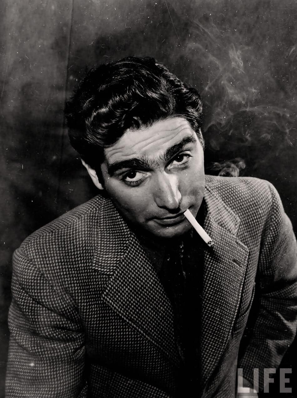 Retrato de Robert Capa para la revista Life